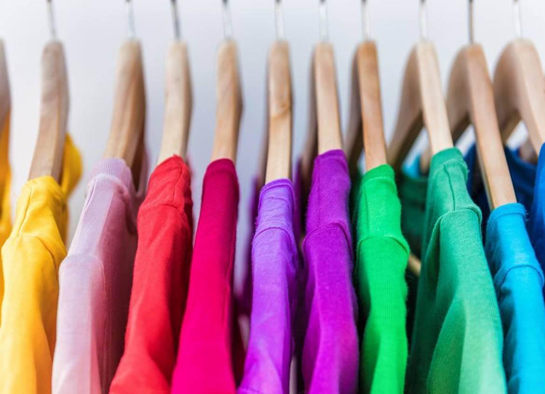 Impacto del color en la moda casual